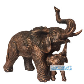 Статуетка Слон с малко слонче, статуетки на едро, вносител, китайски сувенири на едро, склад, подаръци, статуетки от полирезин на едро, статуетки слонове